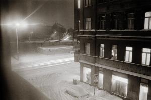 L.-Neustadt, Winterabend an der E.-Thälmann-Str., Januar 1987
