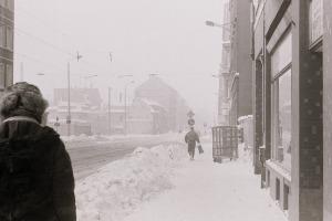 L.-Neustadt, E.-Thälmann-Str. , Richtung Stadt, Januar 1987