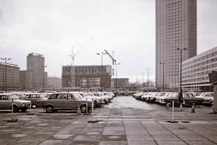 Leipzig, Karl-Marx-Platz am Nachmittag, Dezember 1978