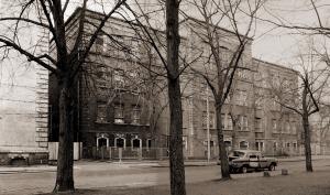 L.-Neustadt, Schulze-Delitzsch-Str. 23 und 25  im März 1983