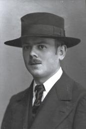 Gerhard_1913_Turnfest