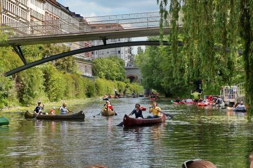 Leipzig, zu Pfingsten '15 auf dem Wasser am Kanal
