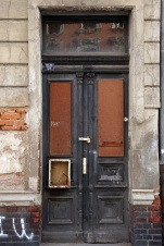 Haustür, Neustädter Straße 30, Seitengebäude
