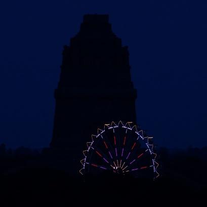 Denkmal noch ohne Licht: 22:45