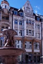 das Hasu Barfußgäßchen 13 gehört zum Trifugium-Gebäudekomplex