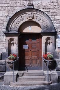 Eingangstür zum Thomashaus an der Thomaskirche