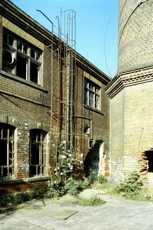 Schornstein vom Heizhaus Franz-Flemming-Straße 43