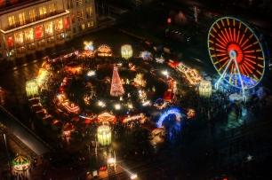 Weihnachtsmarkt auf dem Augustusplatz