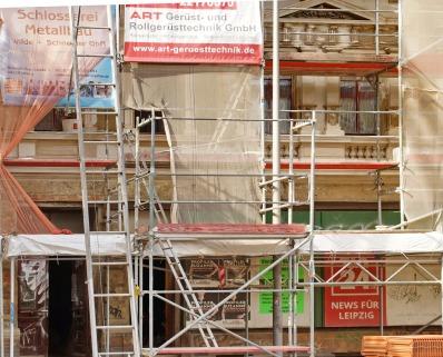 Fassadendetail mit früherer Lagenfront